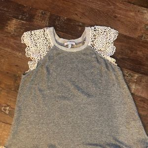 Anthropologie embroidered sleeveless blouse